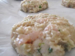Notice that the patties are pretty loose and that there are chunks of fish. This will make a nice moist fish burger.