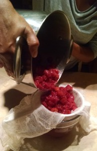 Crab Apples - pouring into strainer