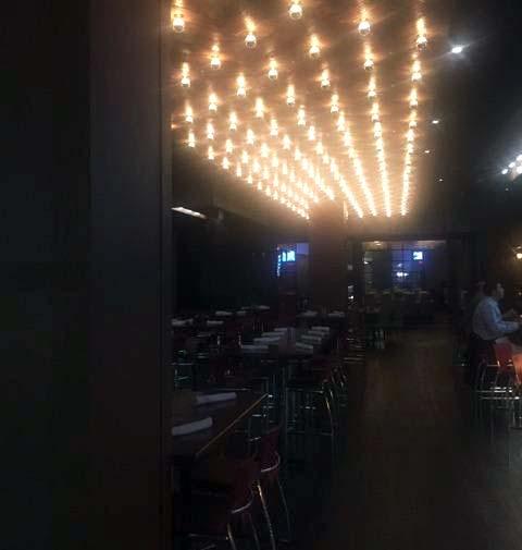 Rascals Steakhouse - Bar area