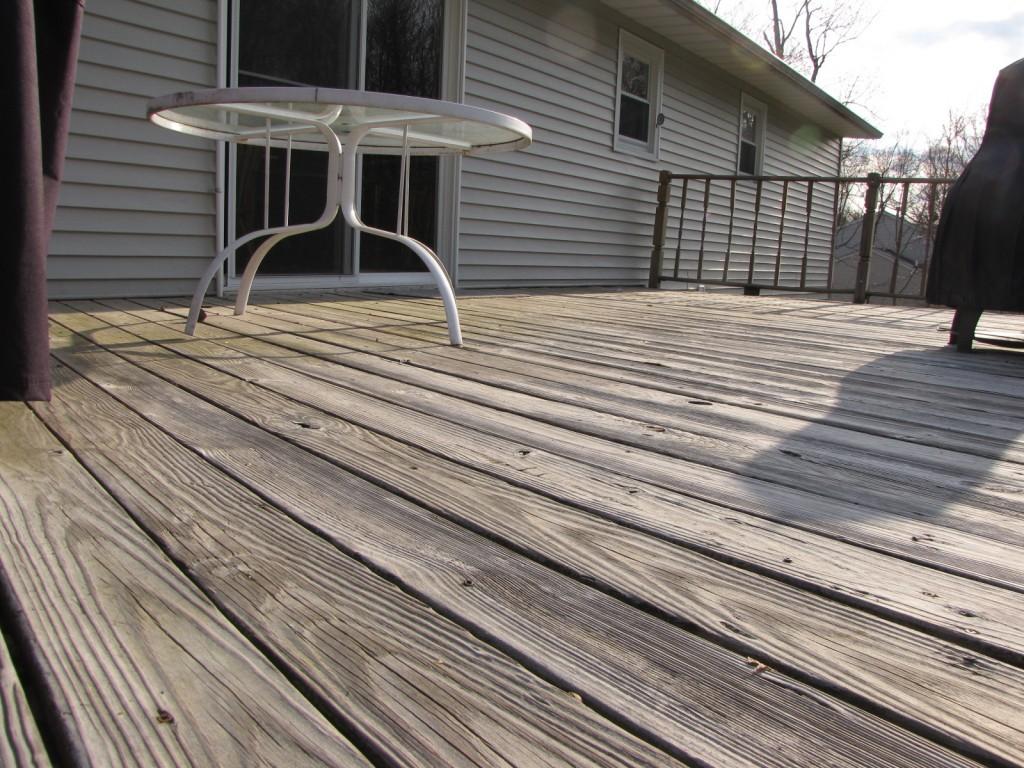 Deck - floor before 2
