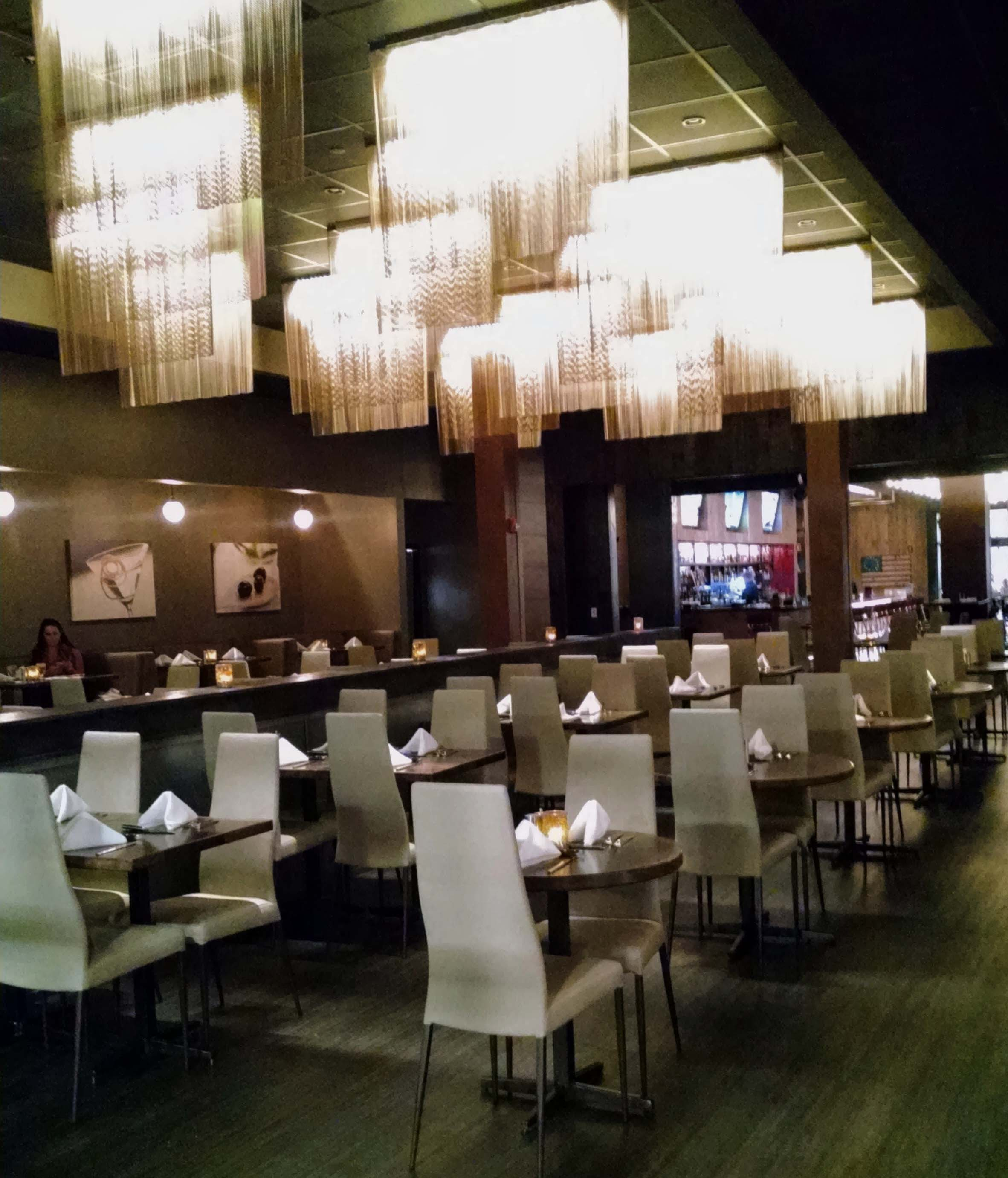 Main Dining Room: Rascals Steakhouse: Where Fine Dining & Live Entertainment